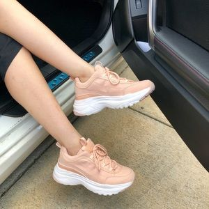 NEW‼️ Liliana Ugly Sneakers in Peach color